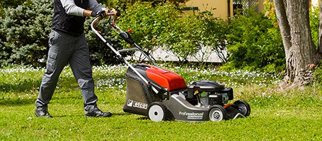 No Limit Landscaping: 3 extreme cutting machines